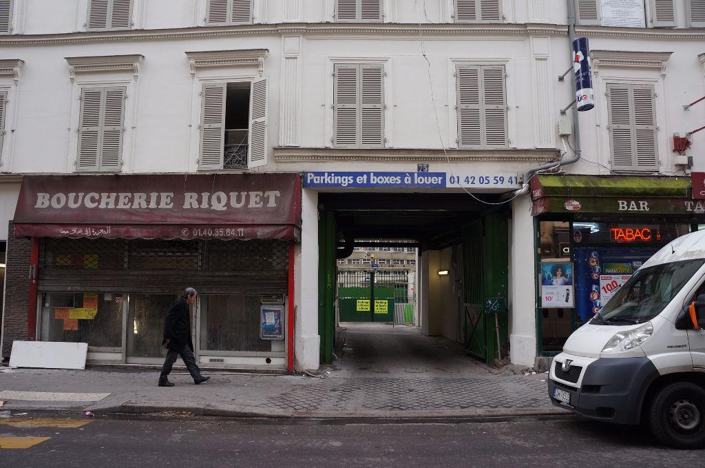 Parking aérien dans un immeuble 75018 PARIS
